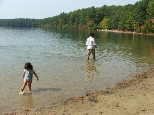 Amie and Baba at Walden Pond, October 2007 (c) Katrien Vander Straeten