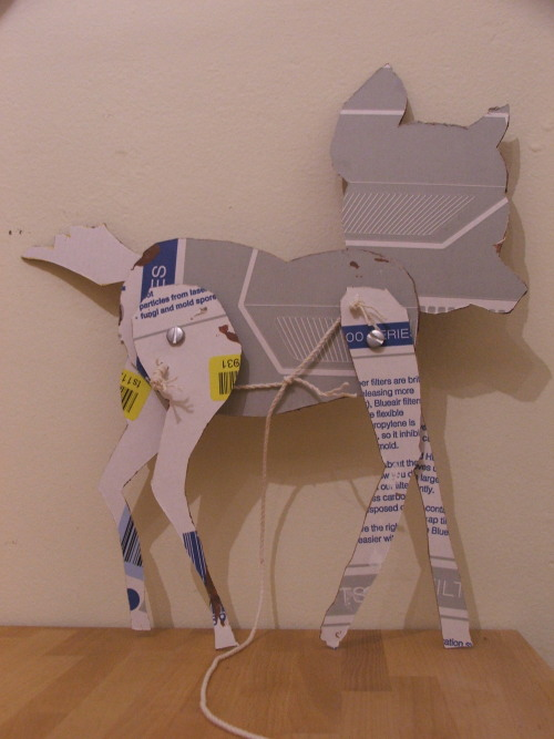 "cardboard ""Bambi"" pull toy, reverse side (c) Katrien Vander Straeten"